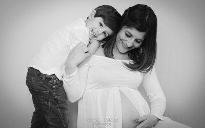 Reportaje de embarazo de Merchi en Sevilla